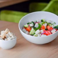 Salată Grecească (cu crutoane) logo